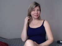 blondy_candy is beschikbaar voor sekschat