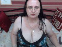 sexysandie is beschikbaar voor sekschat